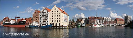 5. Danzig - eine Hafenstadt von der Wasserperspektive aus gesehen